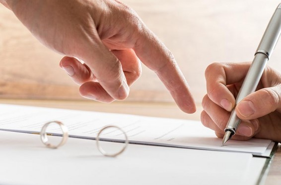¿Se pueden modificar las medidas establecidas después del divorcio?
