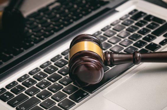 Los notarios europeos estudian soluciones para herencias digitales